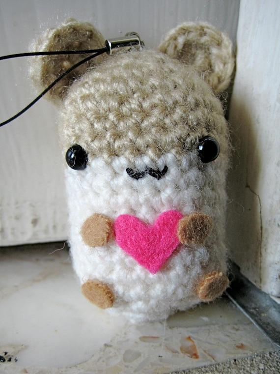 Frida Kahlo Amigurumi Free Pattern : Hamster Amigurumi with Heart