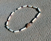 Crackle agate with bone and shell