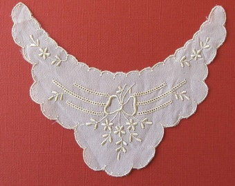 Cream Floral Emboidered Applique Piece for Collar or Sleeve