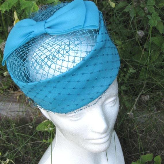 SALE Bright Aqua Blue Vintage Hat with Bow\/Net
