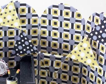 Modern Minis Bunting Geometric Yellow Black White 1:12 Dollhouse Miniatures