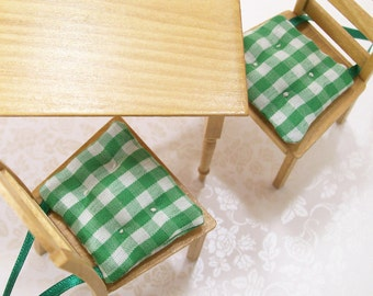 Green Chair Cushions Pads Gingham Kitchen 1:12 Dollhouse Miniatures Artisan