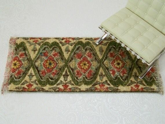 Dollhouse Miniature Rug Carpet Persian Oriental One Inch Scale Green Beige Peach