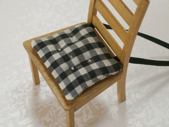 1 12 Dollhouse Miniatures Kitchen Chair Cushions Black White