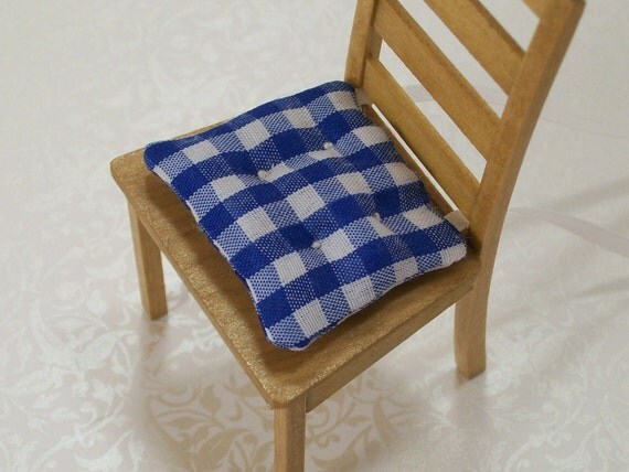 dollhouse miniatures chair cushions blue white kitchen gingham scale