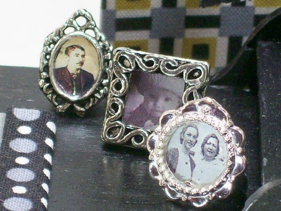 Miniature Framed Photos Relatives Dollhouse Accessory Silver Tones