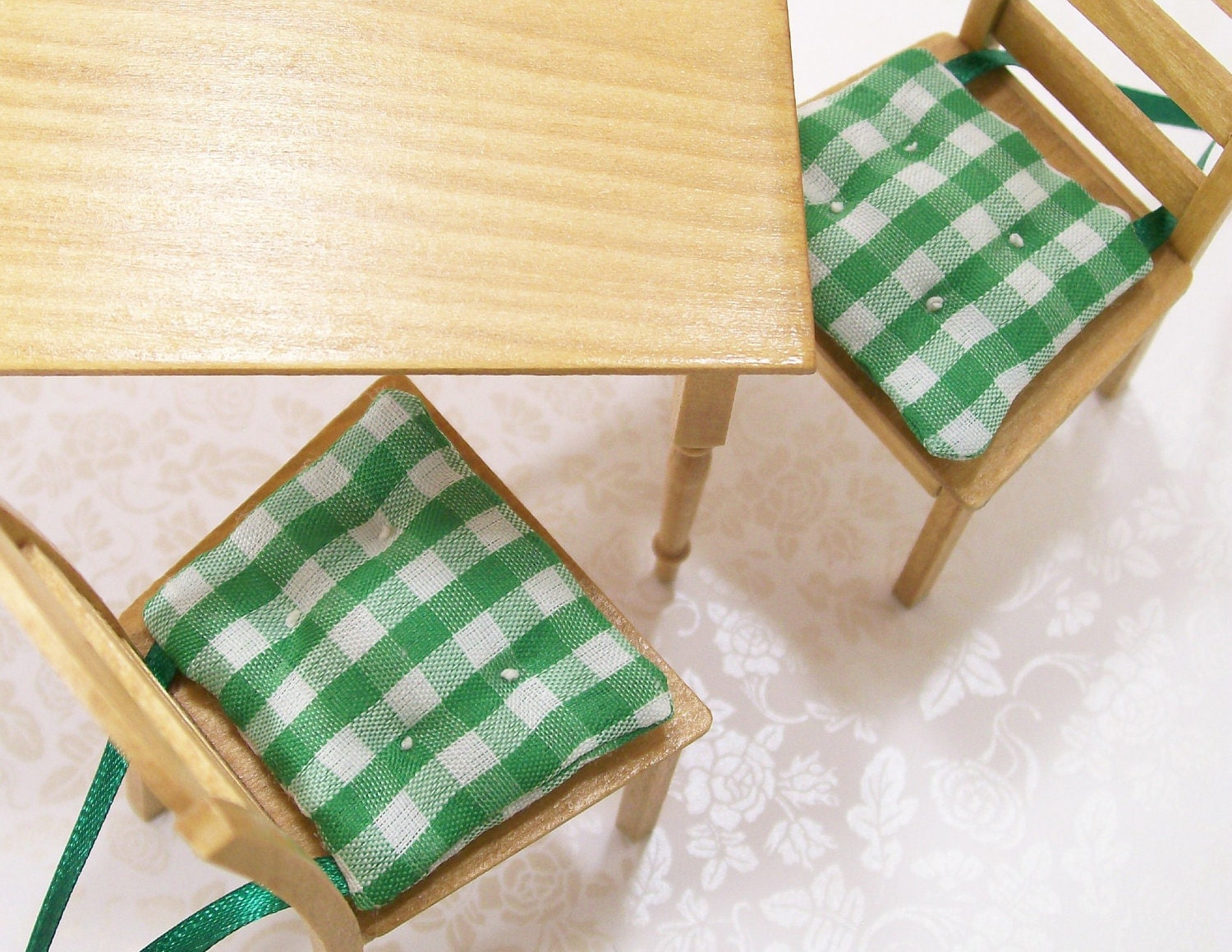 Green Chair Cushions Pads Gingham Kitchen 1 12 Dollhouse