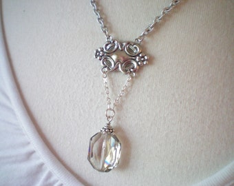 VICTORIA I - Swarovksi Crystal and Antiqued Silver Medallion