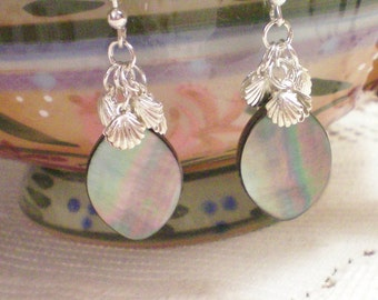 AVERY - Mother of Pearl Silver Shell Earrings
