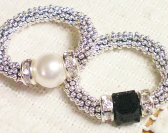 G L I T Z  -  Swarovski Crystal & Sterling Silver Stretch Ring