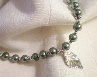 LEAF - STERLING SILVER PEARL NECKLACE