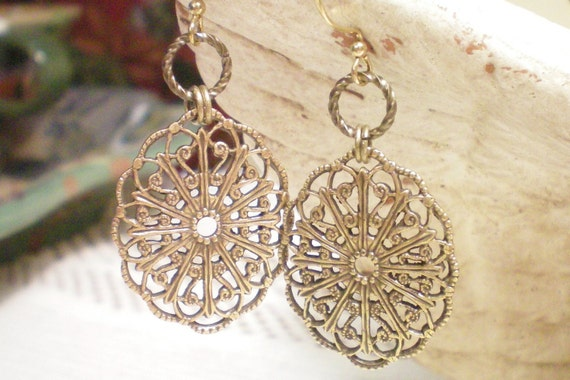 LACEY - ANTIQUED BRASS FILIGREE EARRINGS