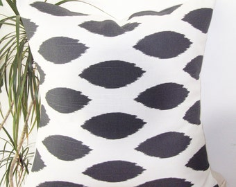 Ikat Charcoal/white Pillow Cover - Designer Pillow Cover- Pillowcase- Invisible Zippers-