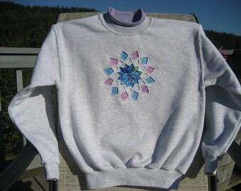 Violet Dahlia Sweatshirt - Large
