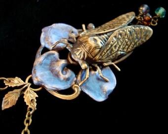 Cicada Bug, Exclusive Design Iridescent Leaf Pendant, VICTORIAN BUG WEARABLE Art, Gorgeous Custom Necklace, Not Glued Together, Metal Bonded