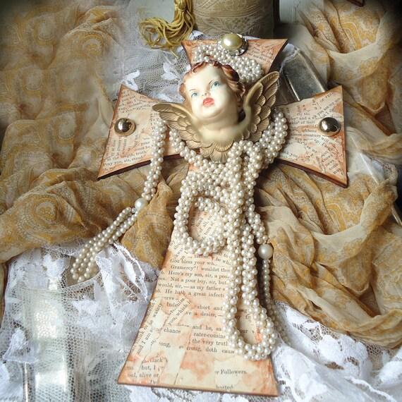 Pearl Iconica Cherub Cross