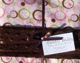 SALE - Large Dots and Circles Flannel and Minky Dot Baby Blanket - 34 X 40