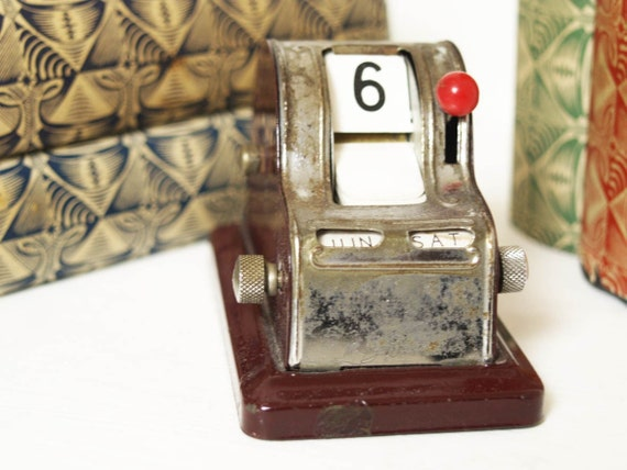 1930s Perpetual Flip Desk Calendar