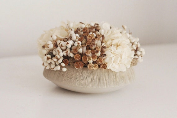 soft textures - modern dried flower arrangement