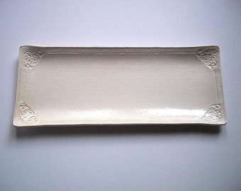 Almond Victorian Appetizer Tray