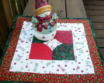 Christmas Table Topper  - Candle Mat - Holiday Design - Quiltsy Handmade