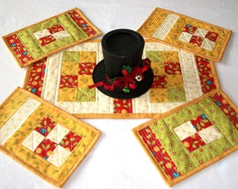 Snack Mat, Christmas Table Runner,  5 piece Set, Quiltsy Handmade