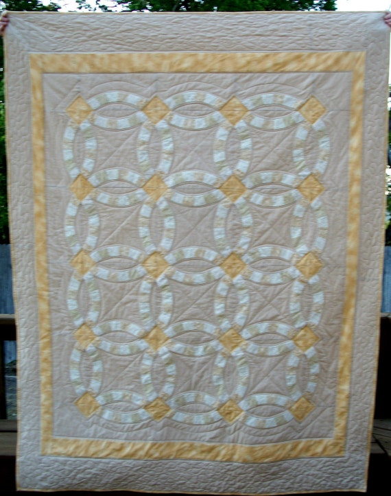 Double Wedding Ring Lap Quilt - Custom Order for missattitude1977 -