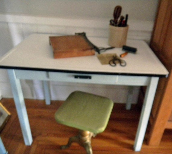 Vintage Enamel Top Kitchen Table: Vintage Robin Eggs Blue Enamel Top Kitchen Table