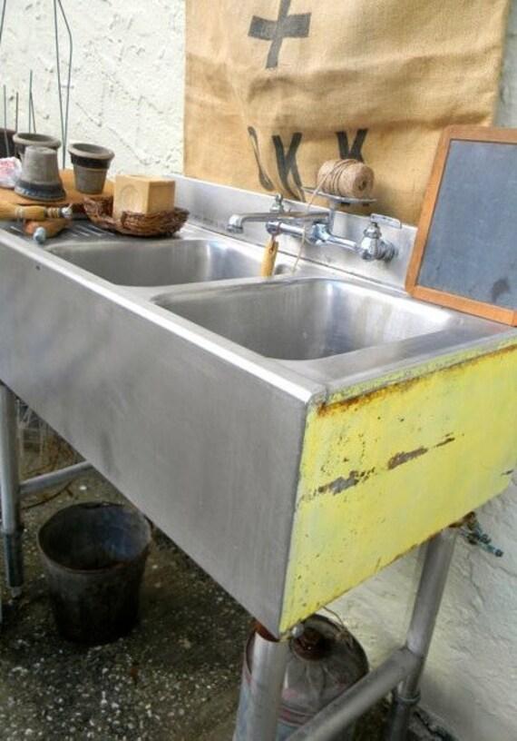 Vintage Industrial Freestanding Sink Petite