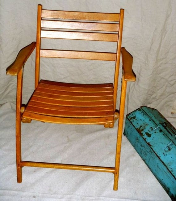 Vintage Wood Slatted Modern Chair from the 1940s
