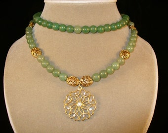 Madge---Green adventurine necklace