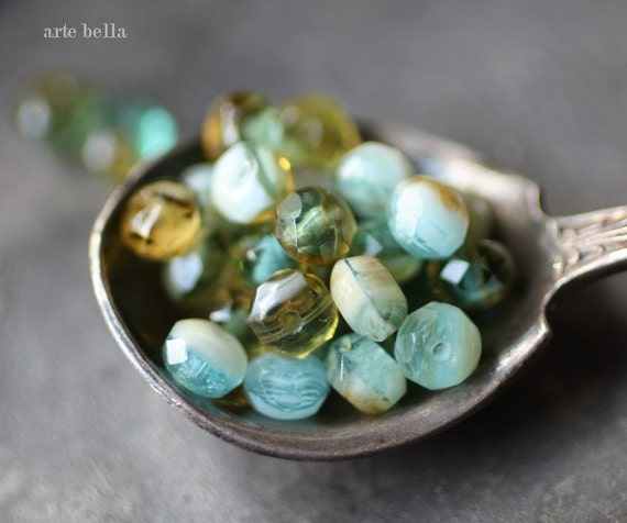 last ones .. SERENE No. 2 .. 7 Czech Glass Faceted Rondelle Beads 6x4mm (1978-7)
