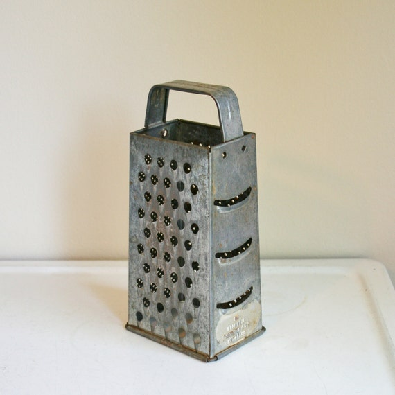 Vintage Bromwell Box/Cheese Grater Large