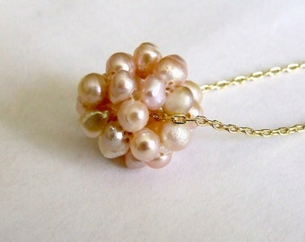 Gold and Salmon Pearl Cluster Necklace