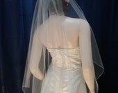 1 Tier Fingertip  Bridal Veil with delicate Pencil Edge Cascading Waterfall Style Very elegant
