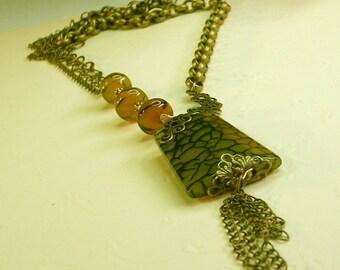 green dragon Queen Pendant Necklace