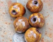 5 Round Pottery Beads in Copper Brown