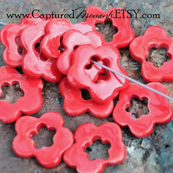 5 Double Flower Beads In Tamale Red