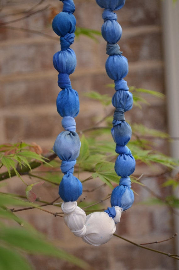 Blue and White Silk Beaded Necklace (with large and medium beads)