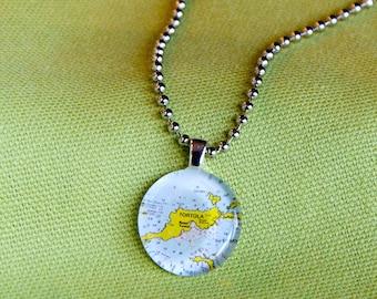 Tortola BVI small round pendant