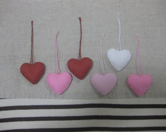 Felt heart ornament (sweet mix)