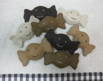 Felt smile coffee candies