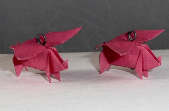 pair of origami flying pigs by beowulphx on etsy