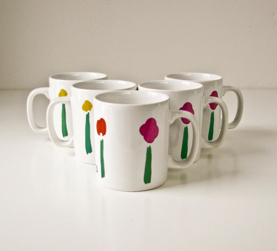 5 Vintage Marimekko Cups Mugs - White with Simple Flower Designs