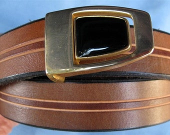 """1"""" Wide Leather Belt Hand Carved and Dyed Custom Fit Free Key Fob"""