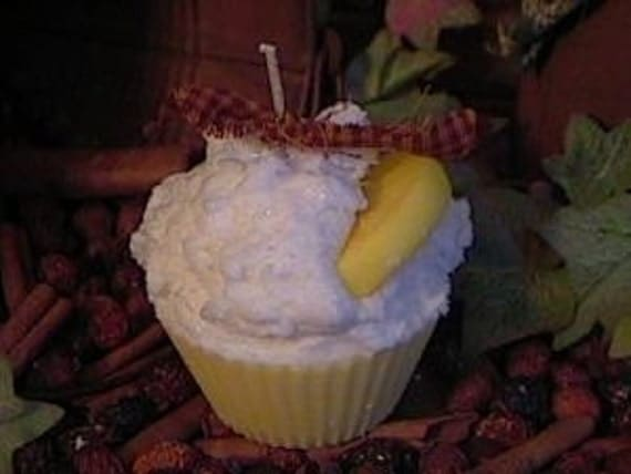 Lemon Sugar Ice Cupcake Candle
