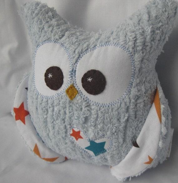 Plush owl pillow -blue chenille - star fabric