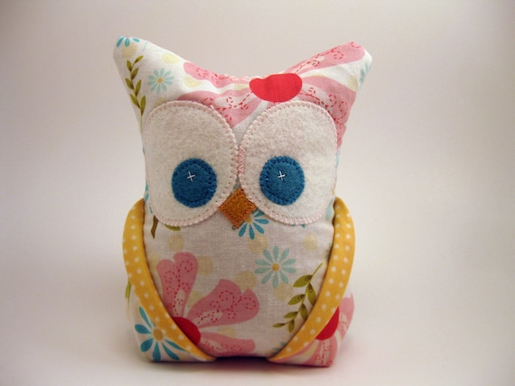 I Sew Lucky Owl Bookend / doorstop/ paperweight Riley Blake fabric