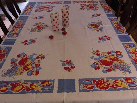 Vintage Tablecloth Summer Fruit Salad - Gorgoues
