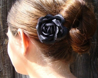 Small Black Rose Hair Comb
